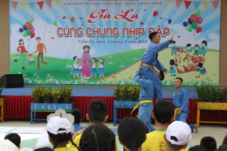chuong-trinh-bieu-dien-tai-truong-tieu-hoc-tran-nhan-tong-3