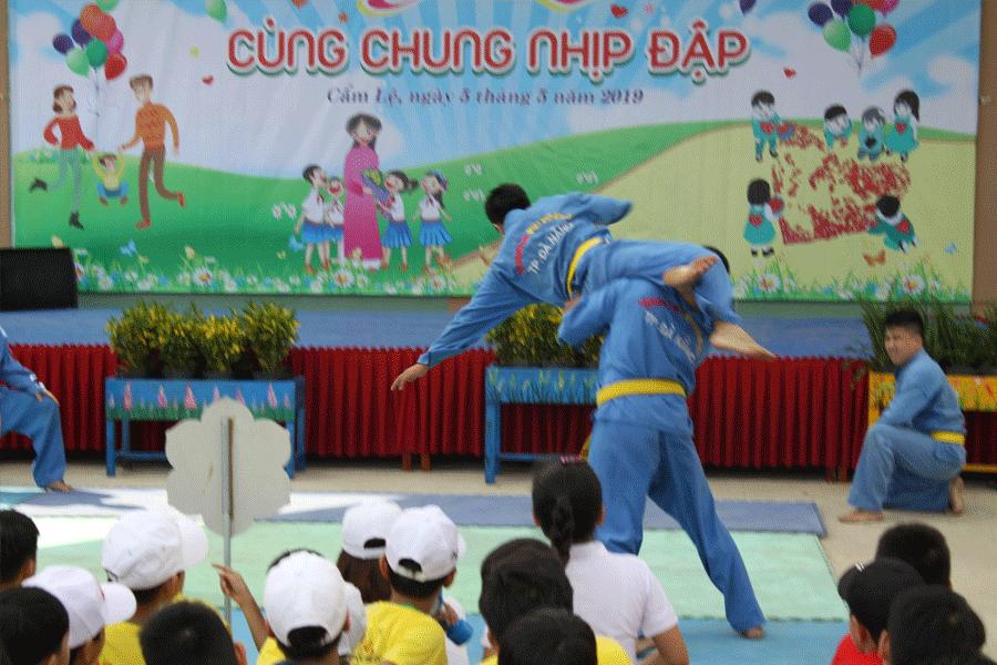 chuong-trinh-bieu-dien-tai-truong-tieu-hoc-tran-nhan-tong-7