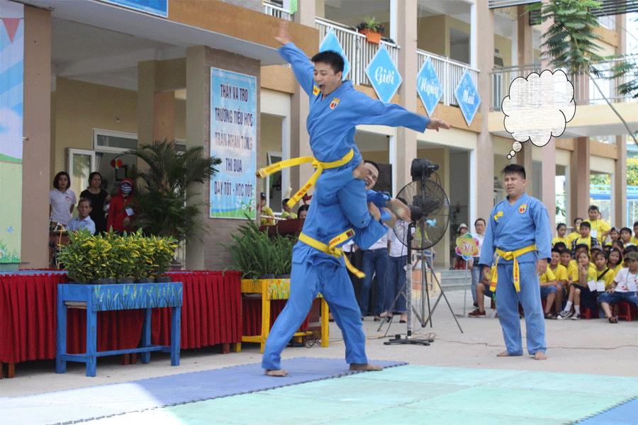 chuong-trinh-bieu-dien-tai-truong-tieu-hoc-tran-nhan-tong-9